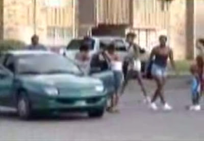 woman street fight with professor lafia