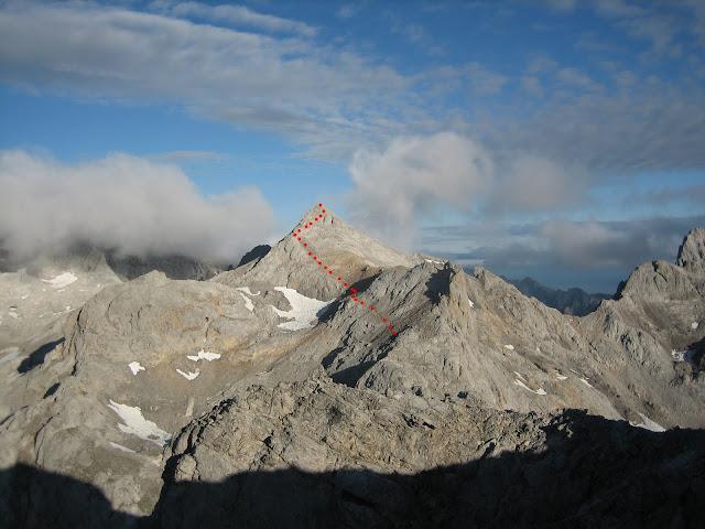 Rutas Montaña Asturias: Vista del Tesorero desde Torre de Horcados Rojos
