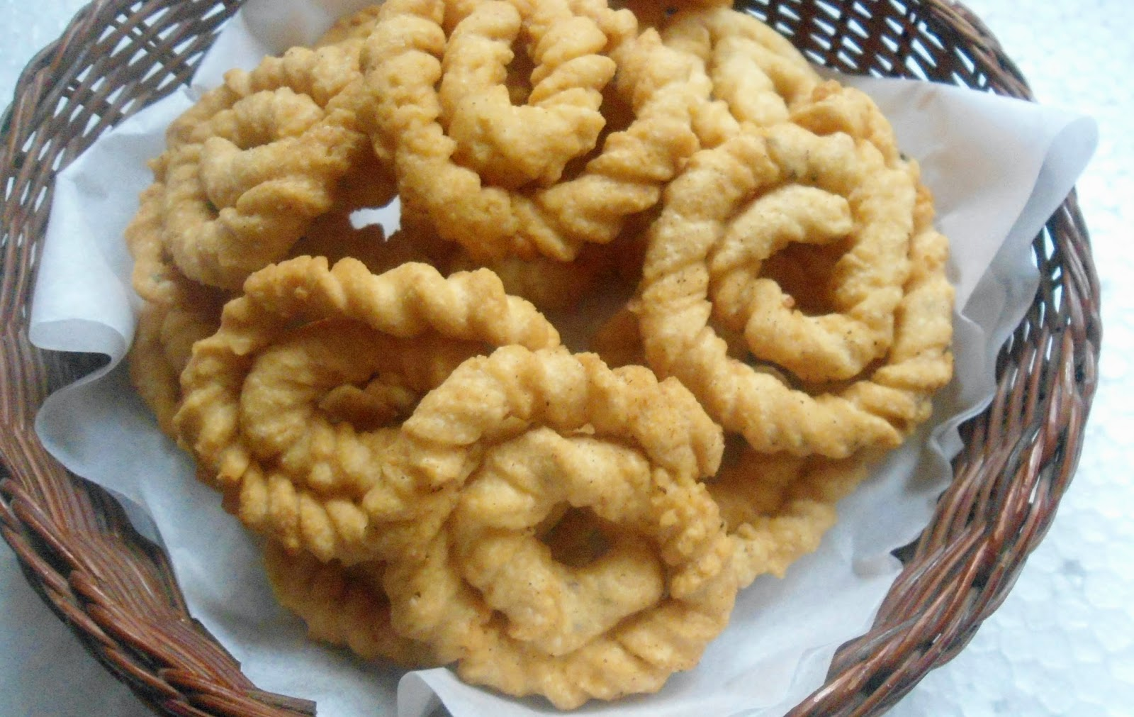 Kai (Suthu) Murukku | How to make suthu murukku ( with a small video)