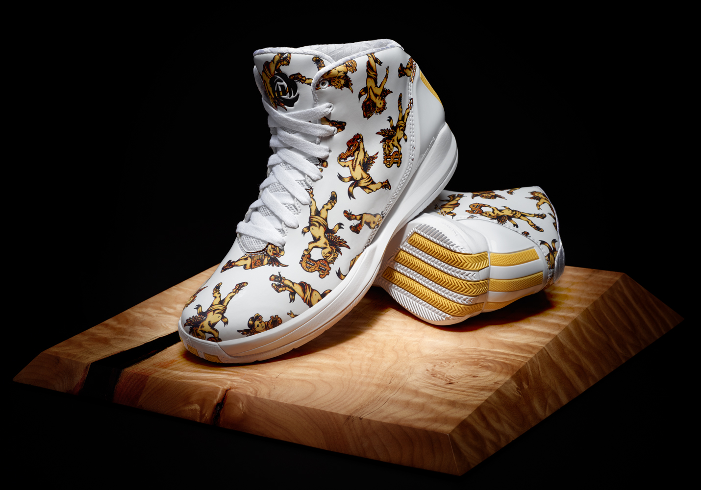 New Love For Jeremy Scott In His New Colorway D Rose 3.5 Signature Shoe ~ Huney'Z World