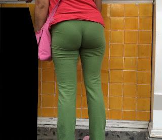 Mujeres nalgonas pants pegados