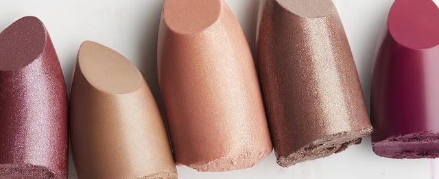 Lakukan Ini Sebelum Menggunakan Lipstick