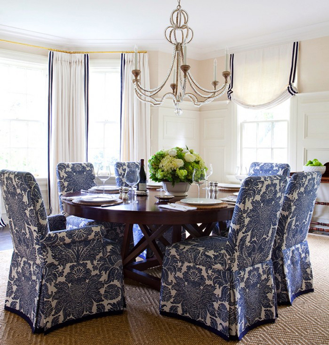 White Dining Room Chair Covers: The Peak Of Très Chic: Classic Blue + White Design