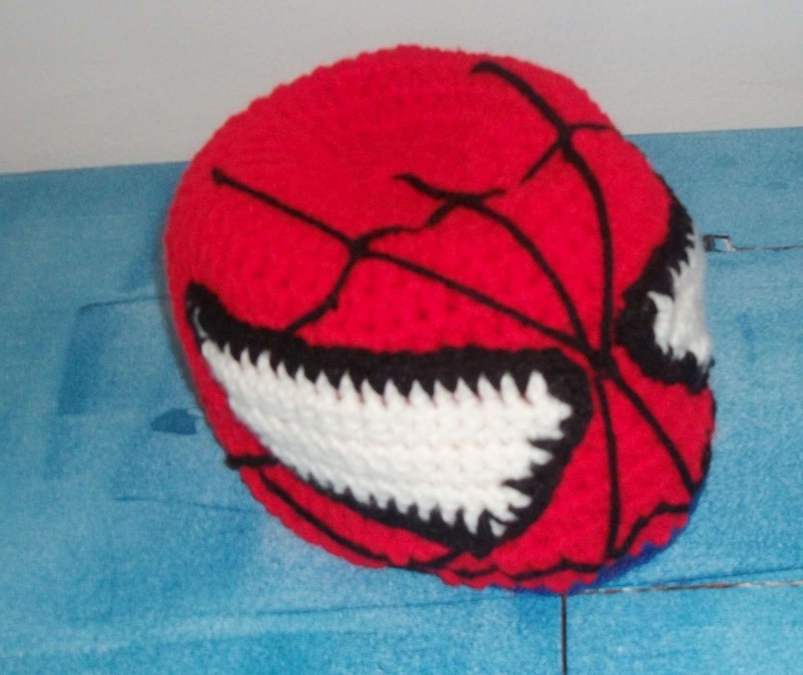 The Making of Spiderman (Crochet Hat) | MelodyCrochet