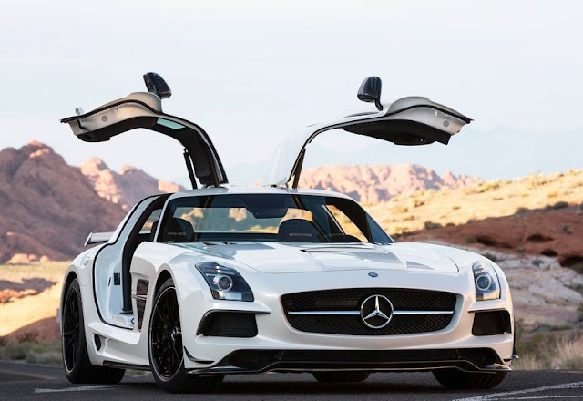 2014 Mercedes-Benz SLS AMG Black Series Review