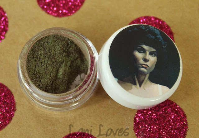 Darling Girl Married to the Macabre eyeshadow swatches & review
