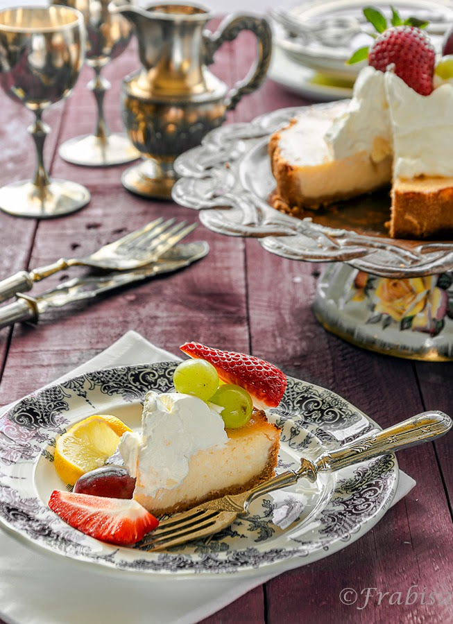 Lemon pie, limon, rustico, uvas, fresas