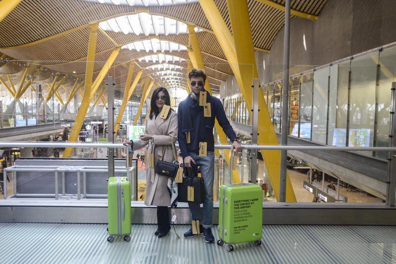 c4917670c1 Campaña 'Real Life Maniquí' en la T-4 del Aeropuerto de Barajas | es ...
