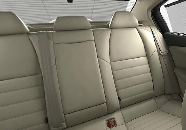 Toàn bộ Peugeot 508 được trang bị nội thất da cao cấp