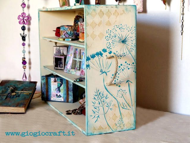 Tutorial: Upcycled Wooden Wine Box