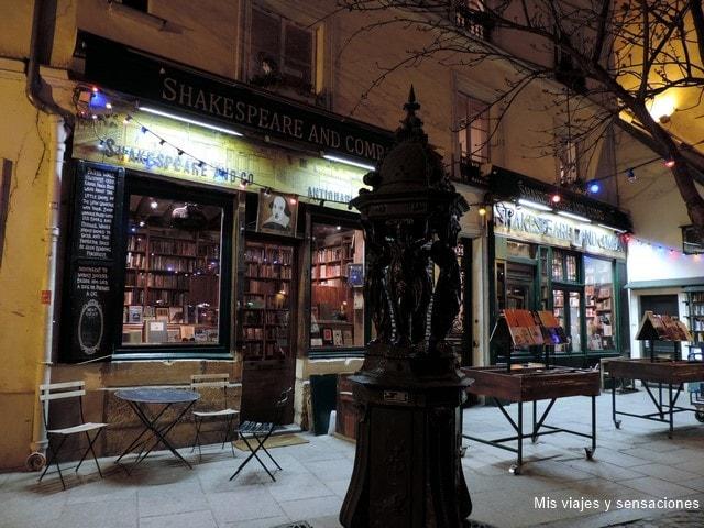 París de noche, librería de Shakespeare