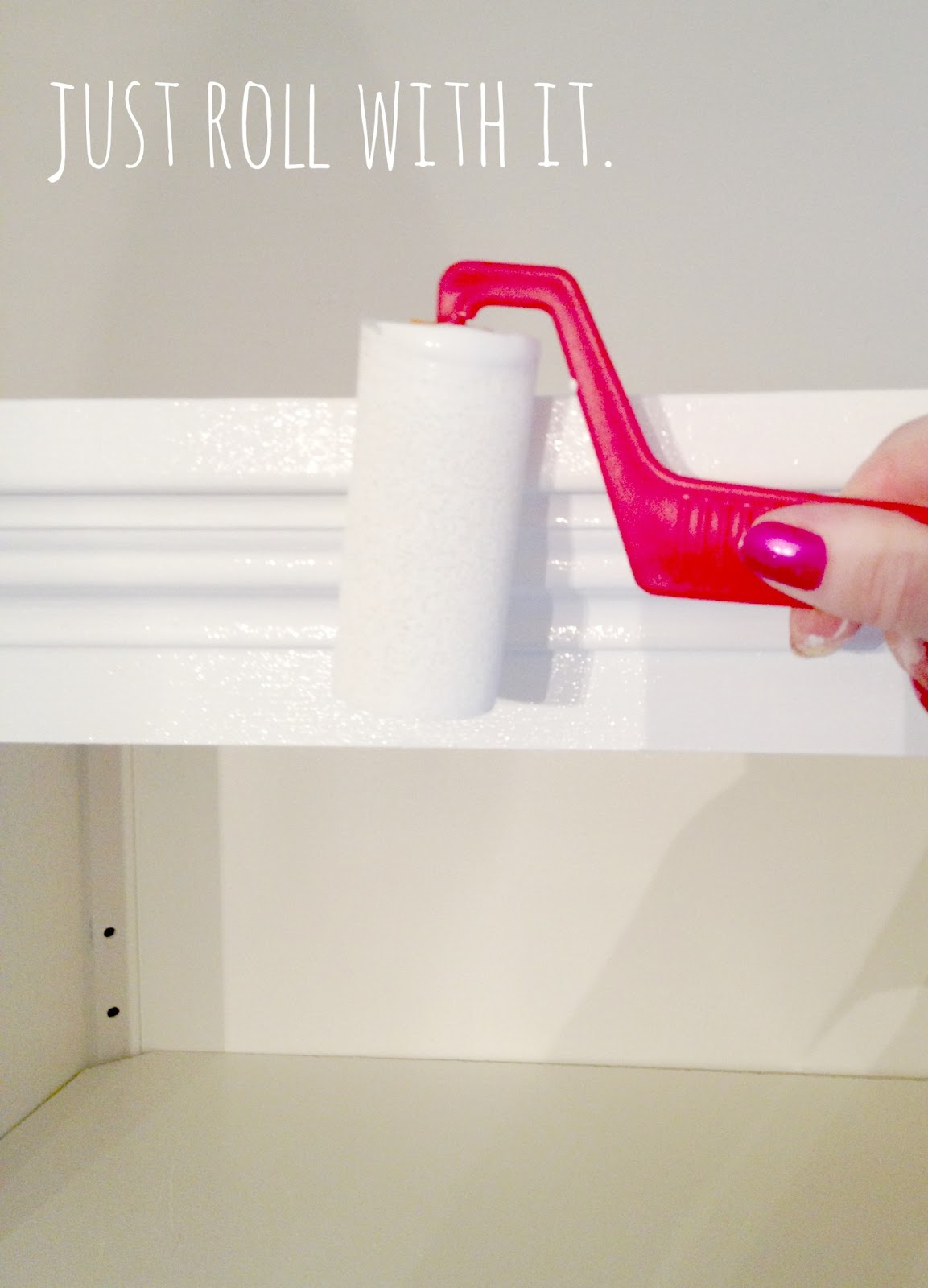 How To Paint Kitchen Cabinets With A Roller Livelovediy How To Paint Kitchen Cabinets In 10 Easy Steps