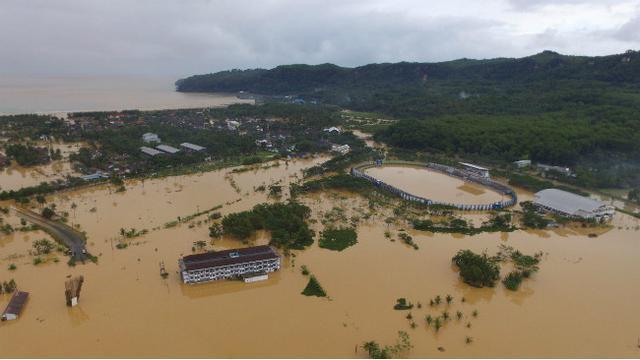 Penyebab dan Usaha Mengurangi Resiko Banjir di Daerah