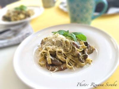Fettuccine cu ciuperci, parmezan si pesto