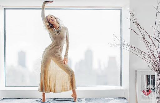 Rosie Huntington-Whiteley – Vogue Magazine July 2016 Photoshoot