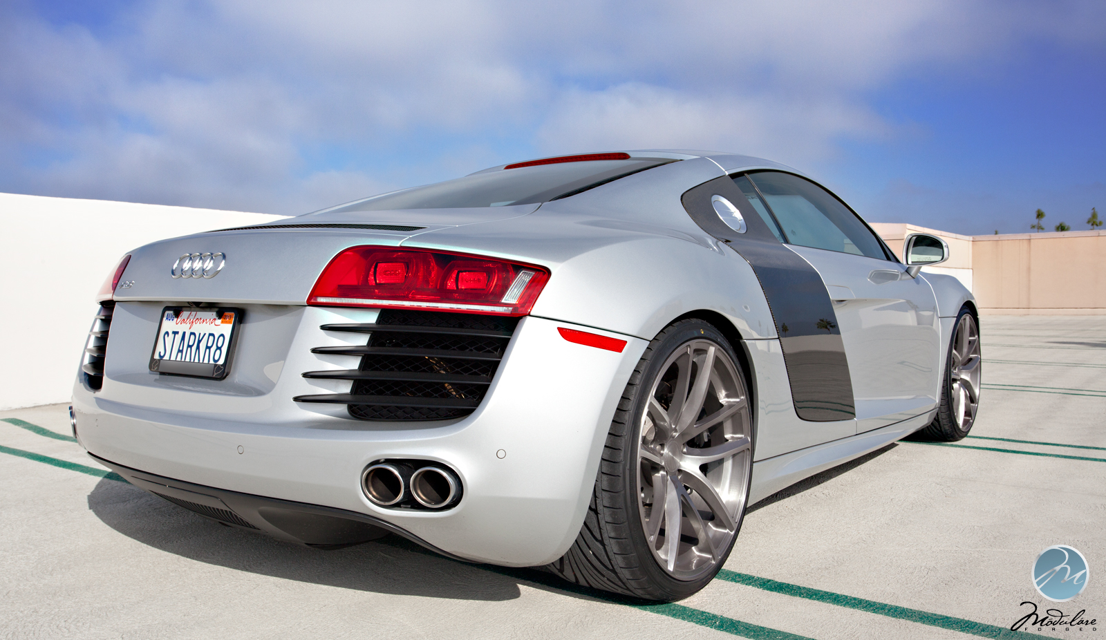 Fast Cars Audi R8 Mid Engine Sports Car