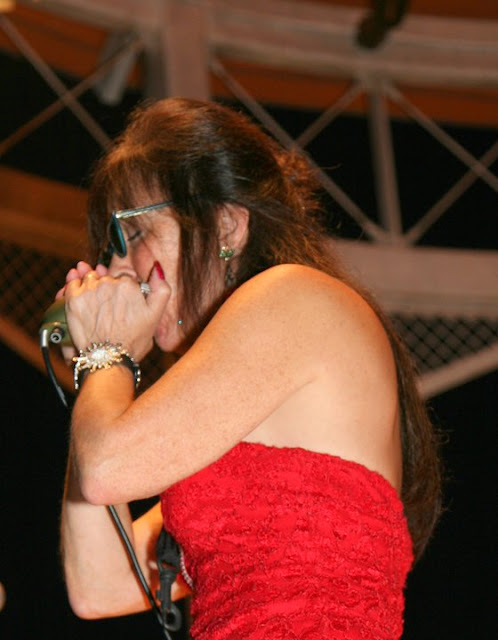 Women Harmonica Players: Let's Hear It For The Girls ...