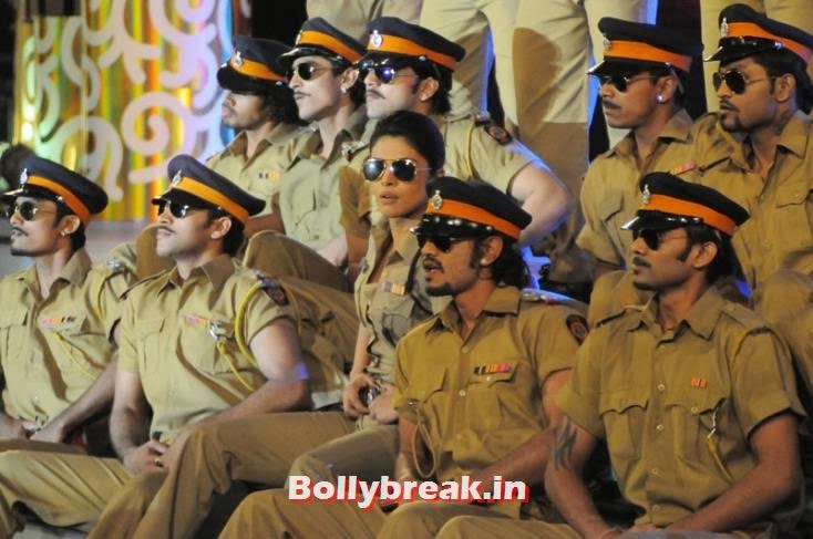 Priyanka Chopra performed to Dabangg's tracks, Zee Cine Awards 2011-2013 Pics