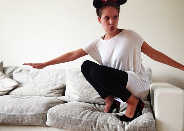 Couch Surfing OOTD Sommeroutfit Casual Chic Karl Lagerfeld Heels Karl by Karl Melissa Heels Schuhe aus SIlikon Erwachsensein