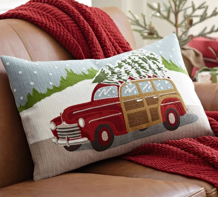 Retropolitan Quot Nostalgic Quot Christmas Pillow