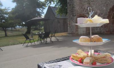 Devon Cream Tea in der Torre Abbay, Torquay/Devon; Devon Cream Tea mit Scones