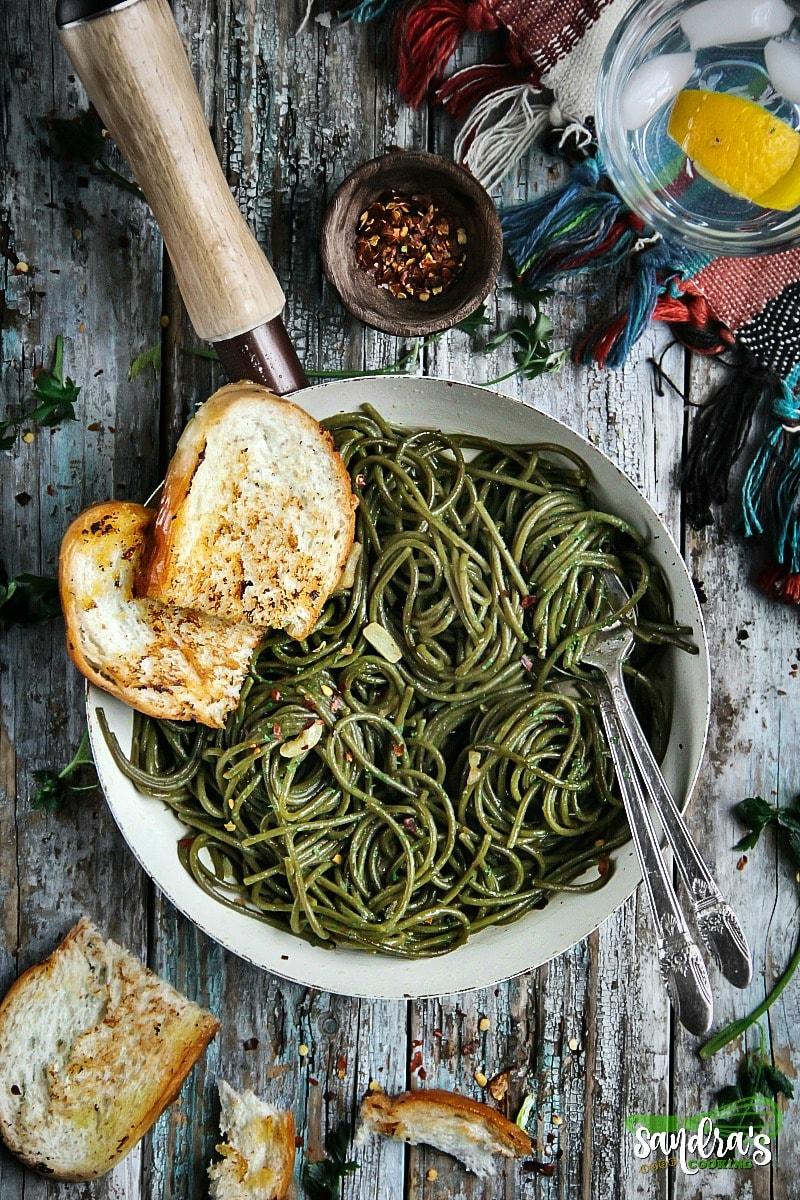 Valentine's Day Dinner Ideas - Olive Oil-Garlic SuperGreens Spaghetti