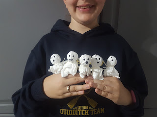 Top Ender with five of our Lollipop Ghosts