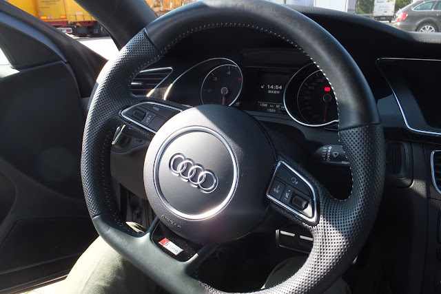 audi-a5-interior-sline-steering-wheel