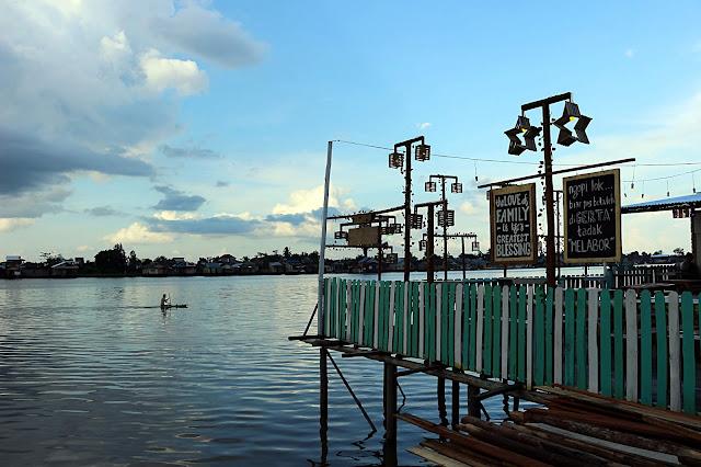 Menikmati sore di Kampung wisata Kuantan