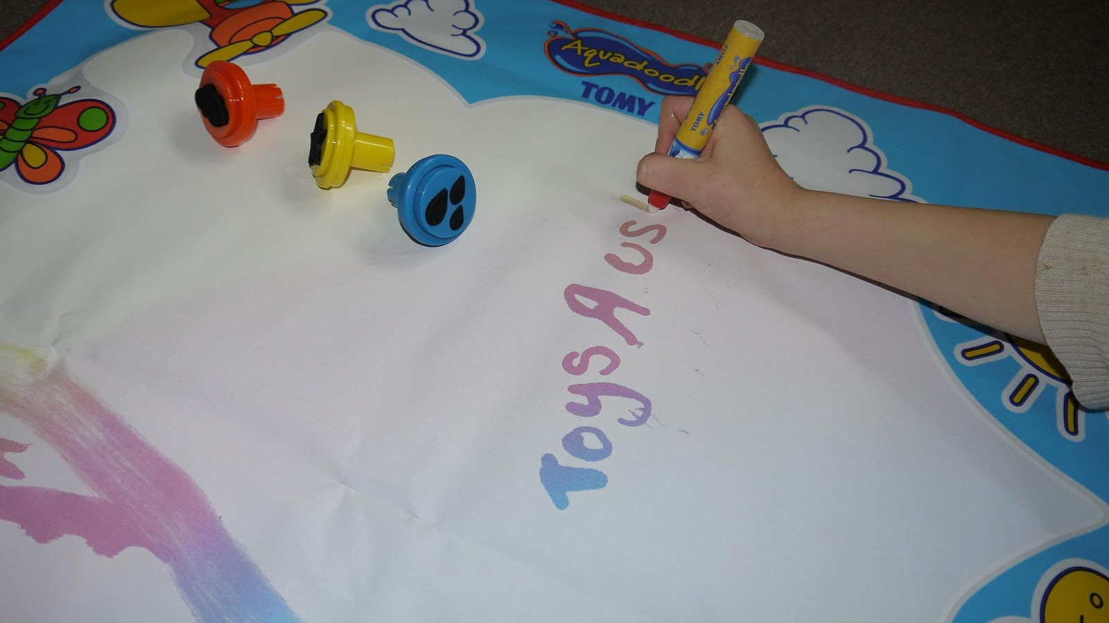 Inside The Wendy House: Aquadoodle...Good Clean Fun