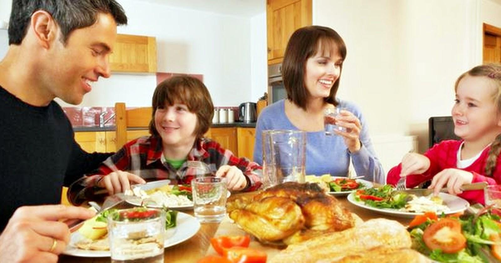 Arti Mimpi Makan Bersama Keluarga Wwwnaturalrugsstore
