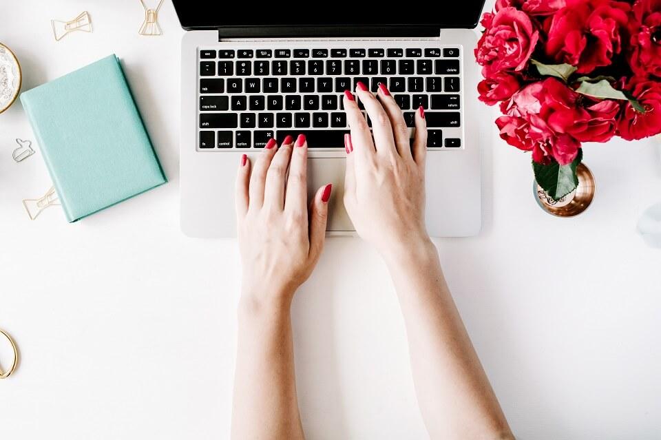 Caixa de pesquisa personalizada para blog- 3 modelos lindos para você escolher!