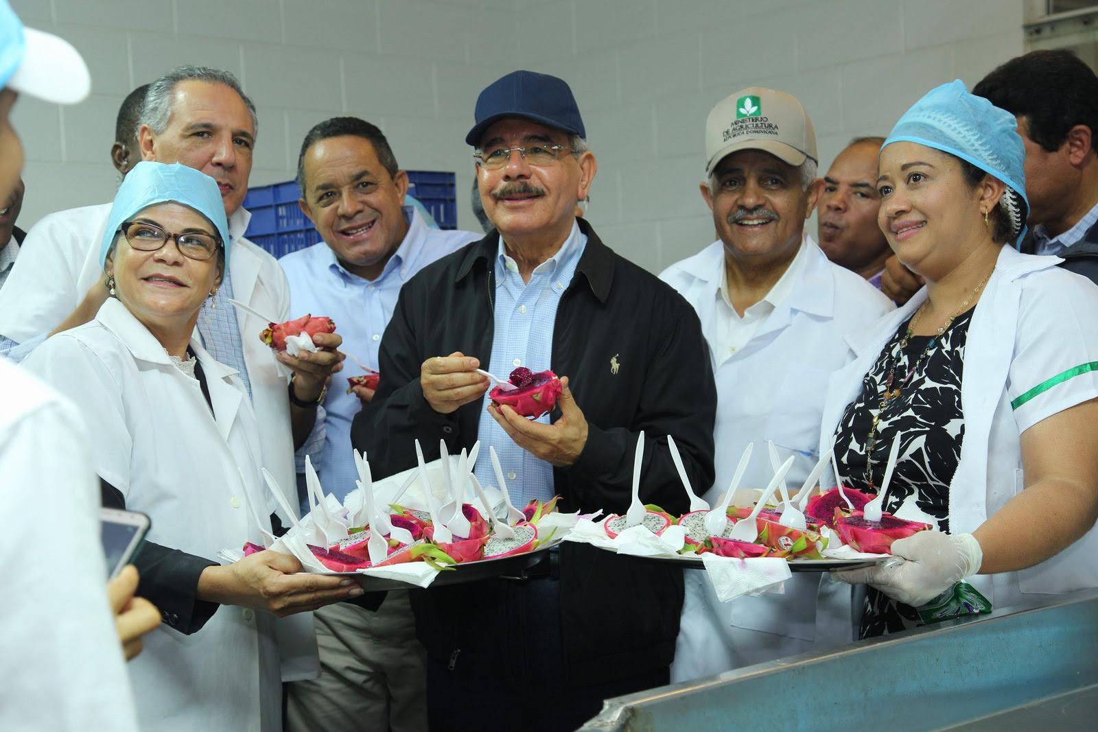 VIDEO: VS 211. Danilo Medina realiza visita de supervisión a proyectos apoyados por Visitas Sorpresa en Puerto Plata, Santiago y La Vega