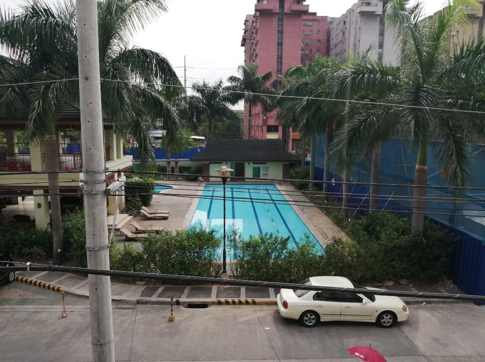 Huawei Y9 2019 Main Camera Sample - Outdoor, Pool - Auto