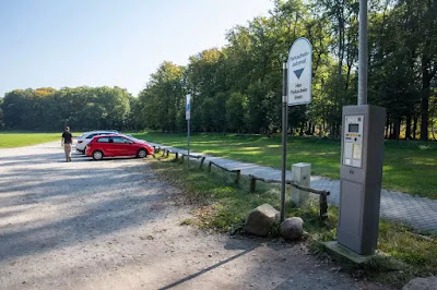 Tempat parkir dekat Rakotzbrucke