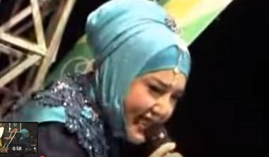 mp3 Lagu : Nyanyian Rindu - Evie Tamala New Palapa