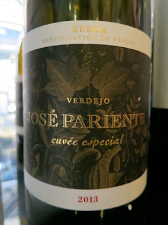 Bodegas José Pariente Cuveé Especial 2013 - DO Rueda, Spain (90 pts)