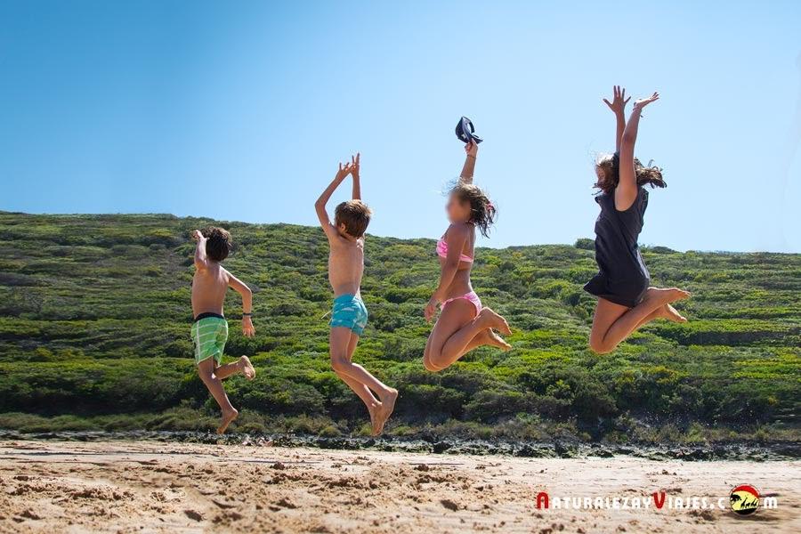 Niños en el Algarve