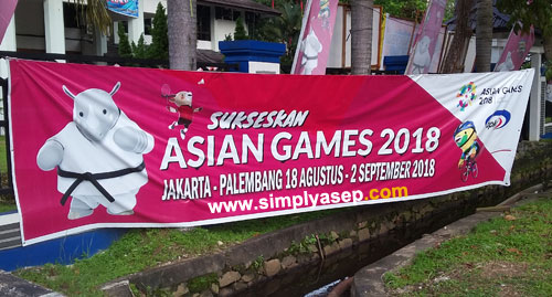 There are three mascots of the ASIAN GAMES 2018 which taken from three diffefrent areas. Photo Asep Haryono
