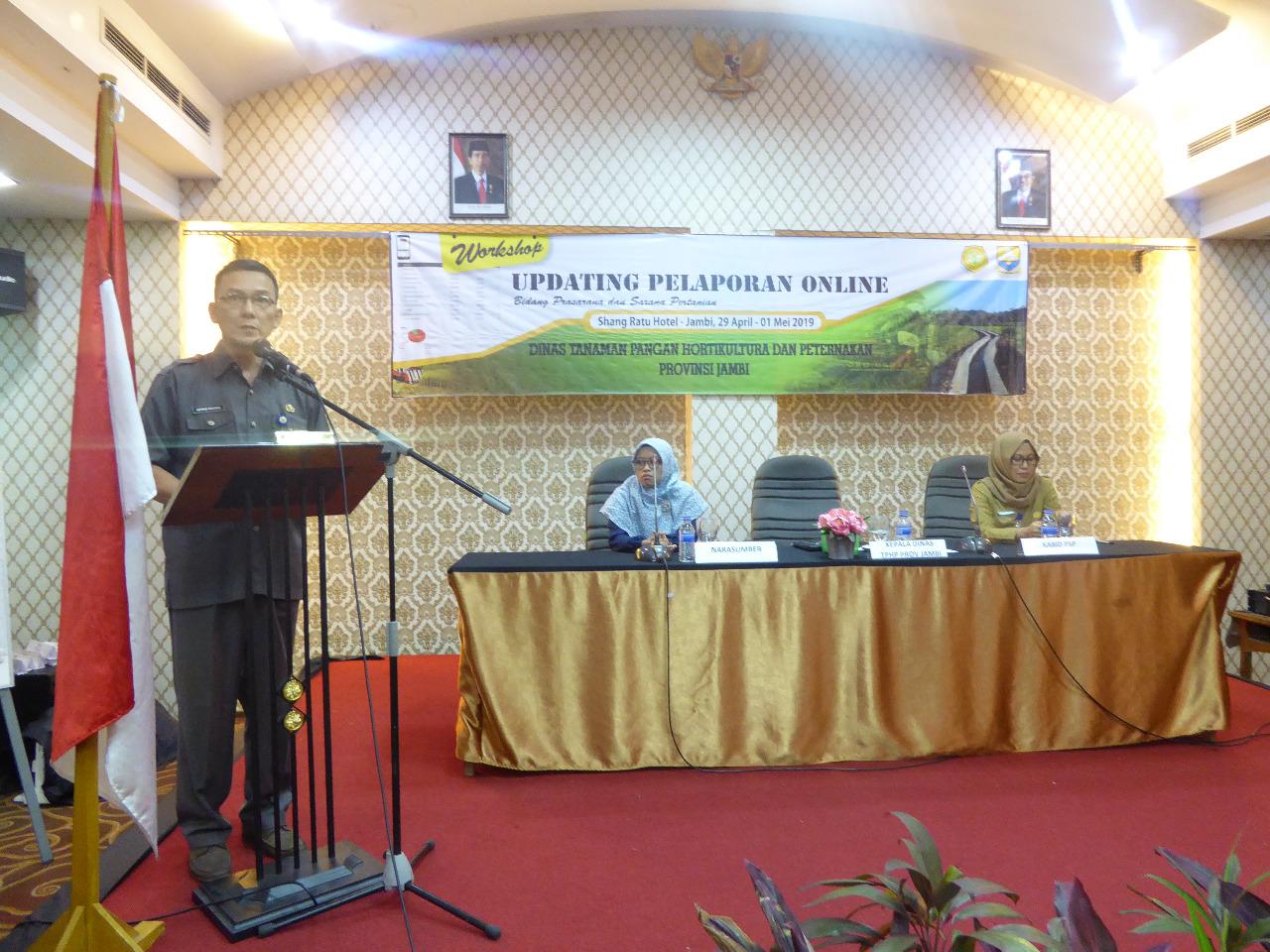 Kadis TPHP Provinsi Jambi Membuka Secara Resmi Updating Pelaporan Online.