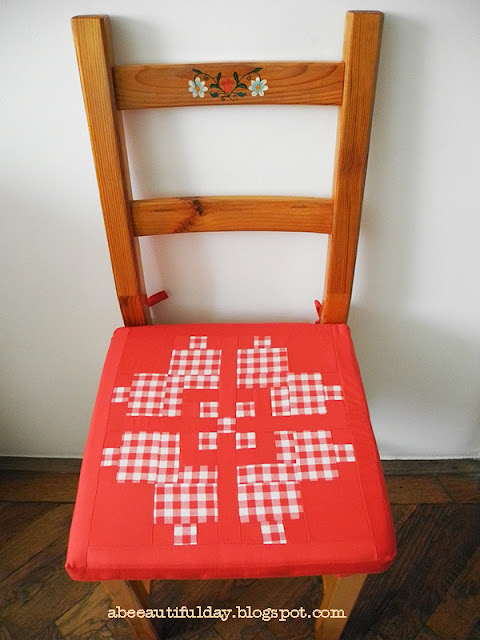 Country Home block used for a rustic chair pad cover - abeeautifulday.blogspot.com