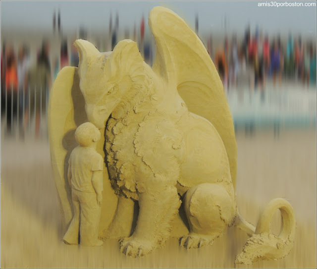 Esculturas de Arena de Revere Beach: Who Are You? de Susanne Ruseler