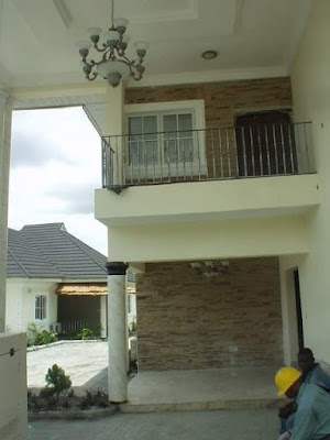 Stones and bricks decoration in Nigeria