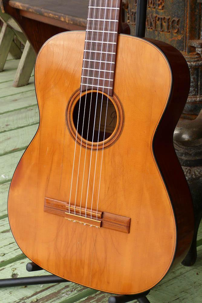 Jake Wildwood C 1959 Levin Made Goya G 15 Classical Guitar