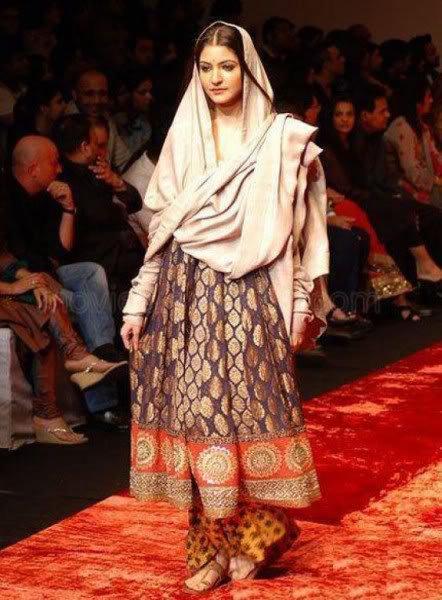 Sugeng Lifestyle News: Pakistan Fashion Shows | Pakistani ...