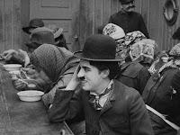 """Кадр из фильма Чарли Чаплина """"Иммигрант"""" (1917) - 4"""