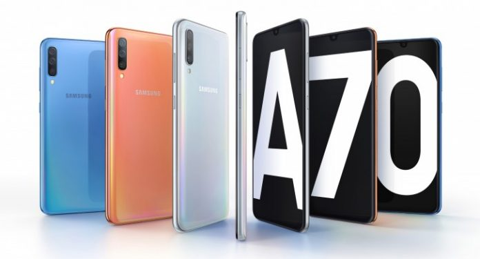 Samsung Galaxy A70, Has a Long Screen 20: 9 and Triple 32MP Camera