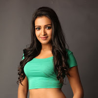 Sizzling Catherine tresa looking hot sexy & glamorous latest photoshoot