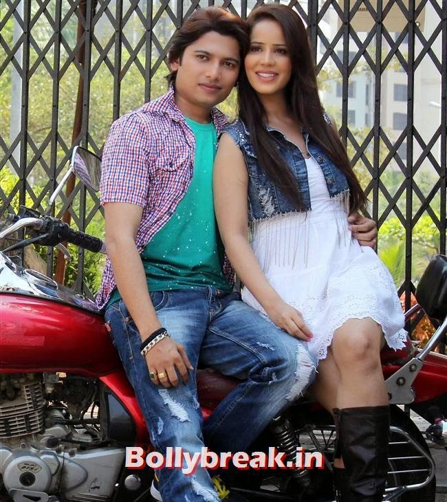 Priti Sharma and Sidhant Singh, Pics of Priti Sharma in Hume Toh Loot Liya Film Shoot