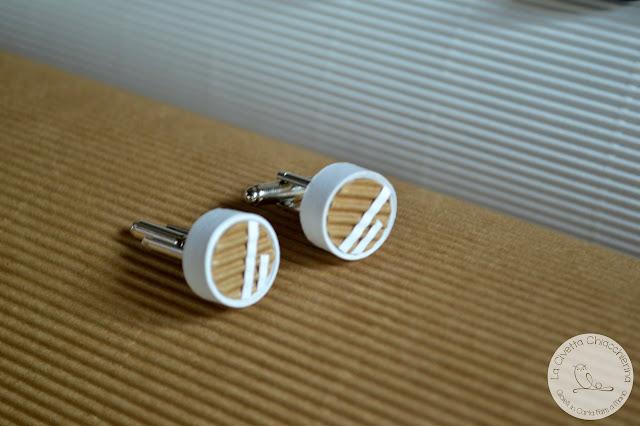 gioielli in carta uomo realizzati a mano